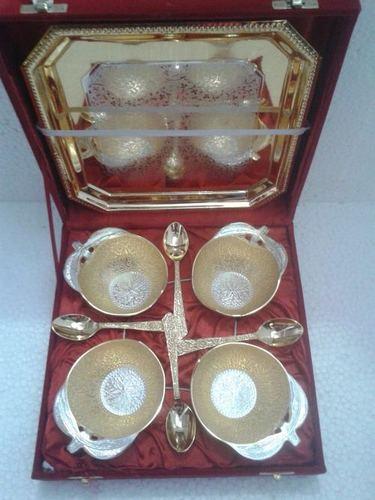 Golden Bowls Tray Set