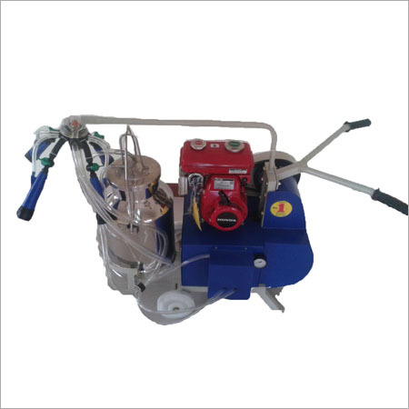 Kerosene Petrol engine operated single bucket milking machine
