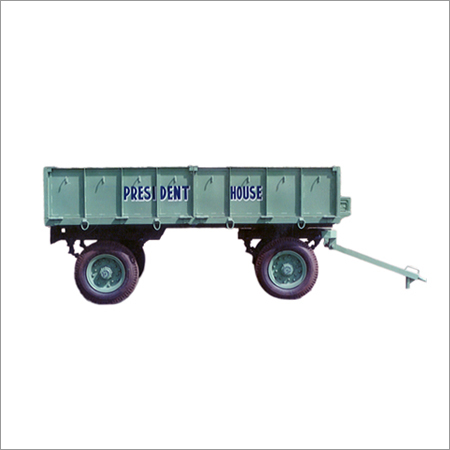 Loading Tractor Trolley