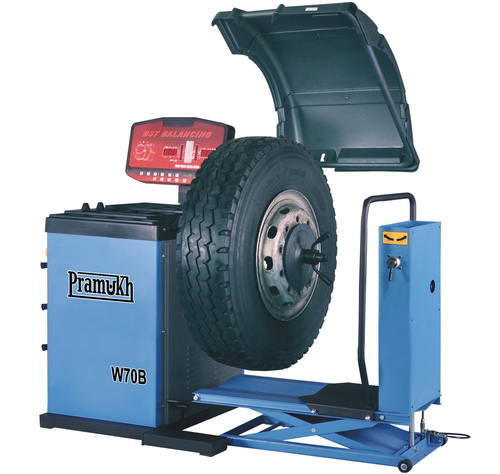Truck Wheel Balancing Machine