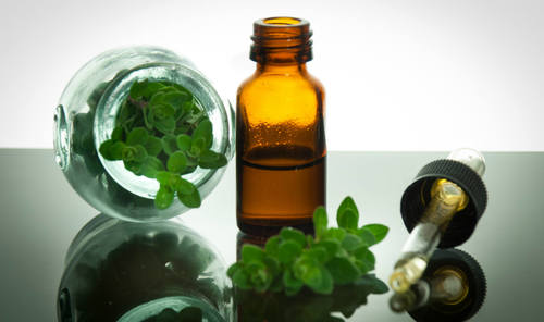 Oregano Oil (Carvacrol > 60%%)