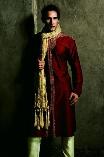 Ethnic Wear Kurta Suits