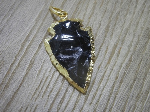BLACK AGATE GOLD PENDANT