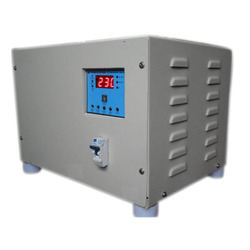 Digital Servo Controlled Voltage Stabilizer