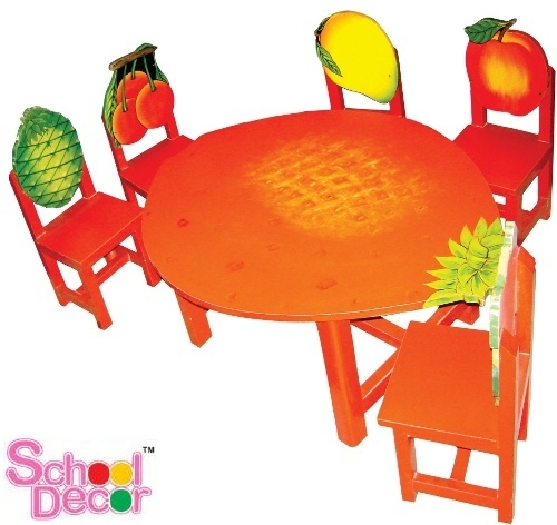 Strawberry Table with 6 Chairs