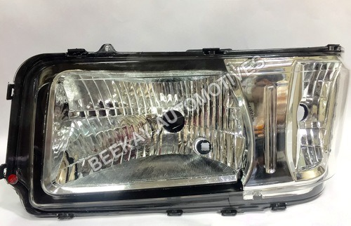 HEAD LIGHT ASSY. TATA 407 (NEW MODEL)