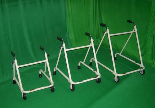 WALKER ROLLATOR, ADULT (With Two Wheels) :