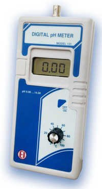 Digital pH Meter 131, 132 & 133(Handheld)