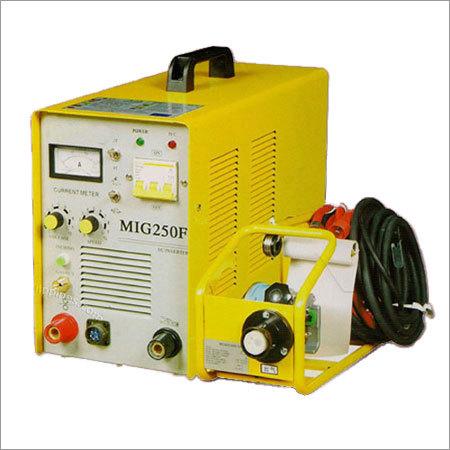 250 amp 3 ph Invertor Mig  Welding Machine