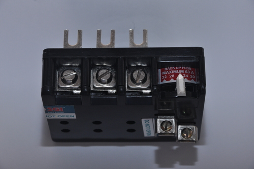 Electrical 3 Pole Relays