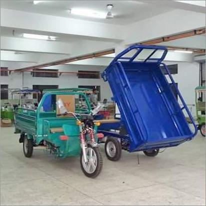 电池操作的装货E人力车