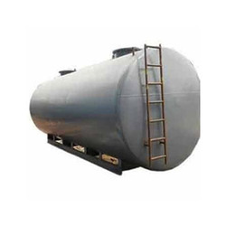 commercial oil storage tanks