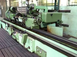 Cylindrical Grinding Machine TOS 3000