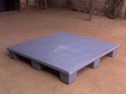 Roto Molded Plastic Pallets