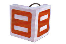 ELECTRO MAGNETIC ANGLE PLATE
