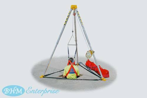 Tripod For Confined Space Entry