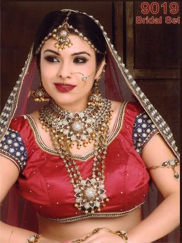 Bridal Sets & Jewelery