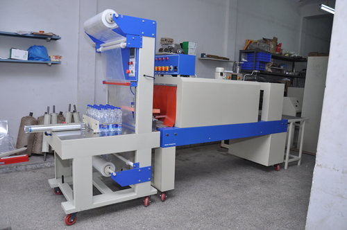 Liquid Bottle Packing Machine