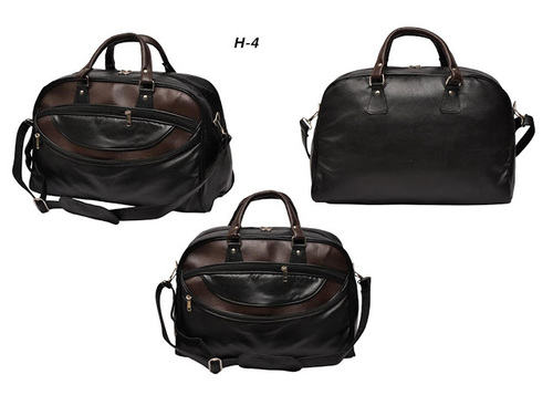 Duffle Bag in Leatherette