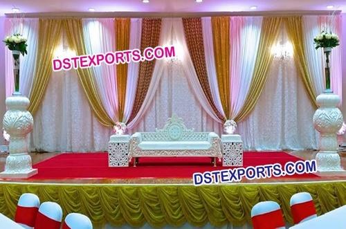 Royal Aladdin Wedding Stage Set
