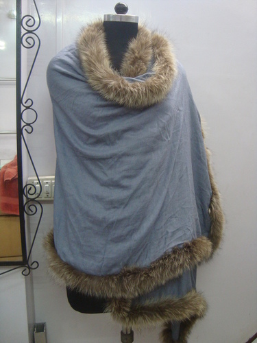Silk Wool shawls with Four Side Fur