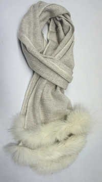 Herringbone pashmina scarf with two Side Fur