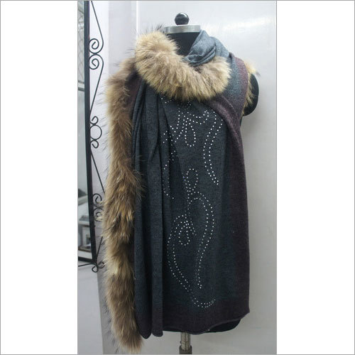 Knitted Pashmina Wool Shawls with fur & Crystal