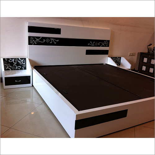 Wooden Double Bed Guru Kirpa Furnitures Plot No 9 Shop No 3