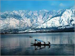Dal Lake Travel Packages