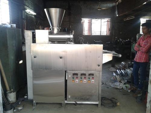 Dough Extruder Machine for Snacks
