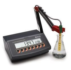 Autoranging Conductivity Meter