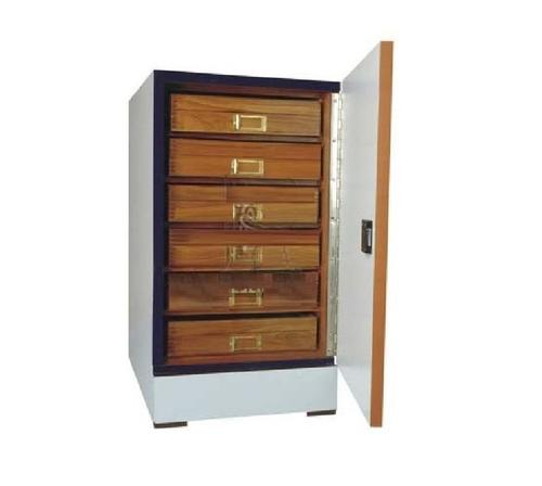 INSECT SHOWCASE CABINET (SMALL)