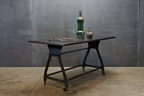Iron_Industrial_Furniture_Shriman_Exports_08