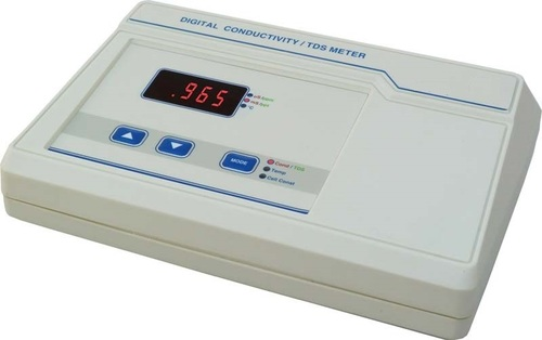 MICROPROCESSOR BASED CONDUCTIVITY AND TDS METER