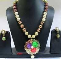 Pacchi Jewelry Multi Color Flower Necklace Set