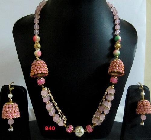 Trendy Fashion Necklace Set