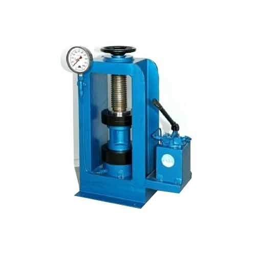Compression Testing Machine 1000 KN (Hand Operated)