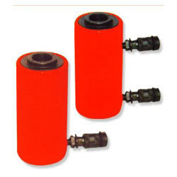 Hydraulic Jack Central Hole Type - Capacity 50 Tonnes