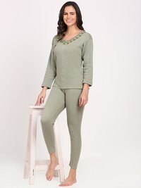 Full Sleeve Woman Embroidery Thermocot Set