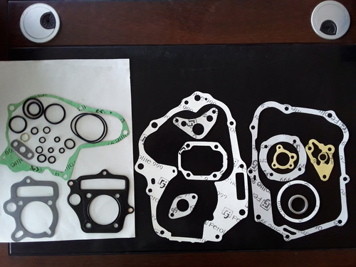 TWO WHEELER GASKET HERO HONDA CD DELUX