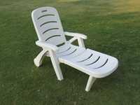 Folding Lounger Chair - Plastic - 3 Fold -White
