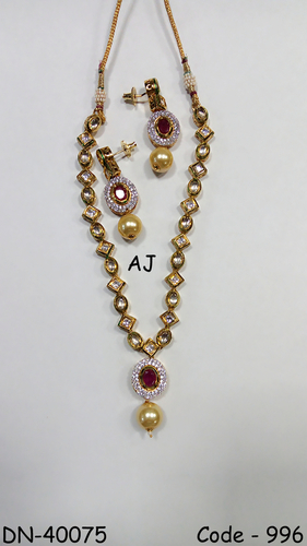 Kundan Necklace with Colour Stone