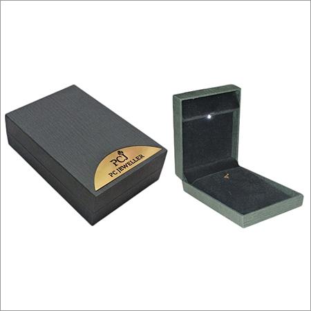 Gold Plated LED Pendant Set Jewellery Box