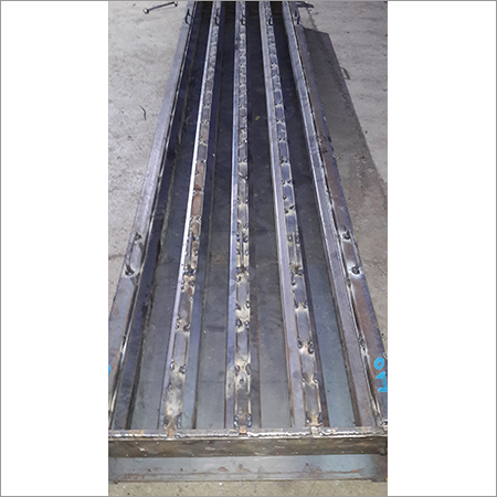 Pre-Stressed Boundary Wall Pole Mould