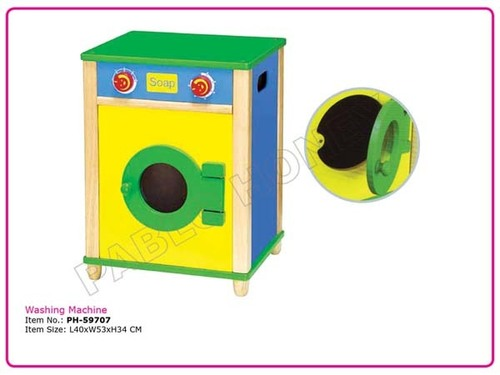 Wooden Role Play Washing Machine