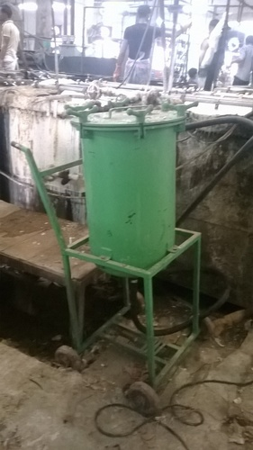 OIL RETENTION UNIT AT MANUAL PLANT