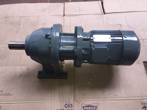 Foot Mounted Inline Helical Gear Motor