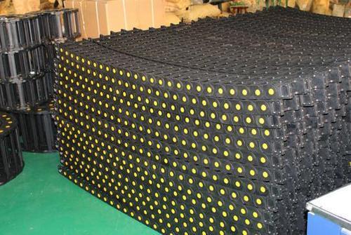 High quality plastic chain/CNC drag chain plastic