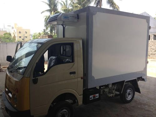 Insulated Vehicle Container