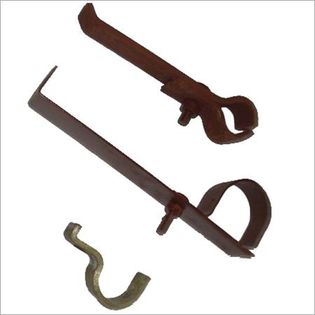 Metal Pipe Holder